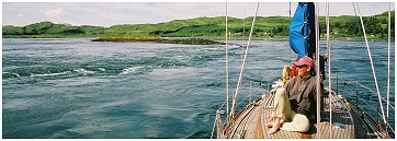 Hiltgund 2005 - Cuan Sound at springs - rather quick!!  Click the picture then hit key F11 to see full size image.